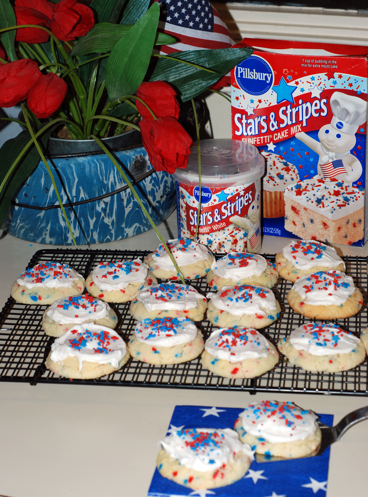 4th of july cookies | pork chop tuesday