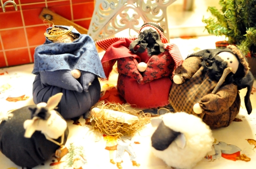 I love this chubby little nativity. I bought it at the Cordova Crafts Fair in Cordova, TN in 1992.