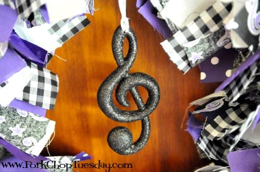 musical ornament treble clef