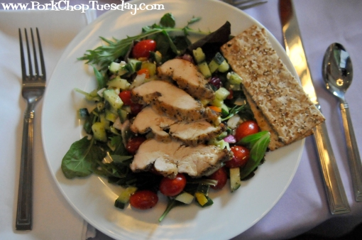 salad with grilled chicken, grape tomatoes, and cucumbers