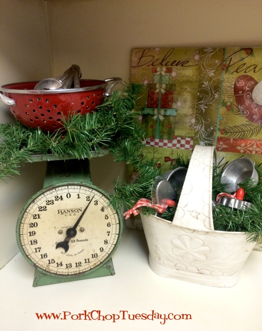 vintage kitchen scale green