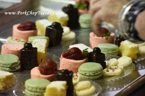 preparing a dessert plate