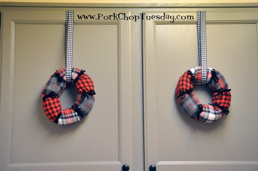 wreaths-on-cabinets
